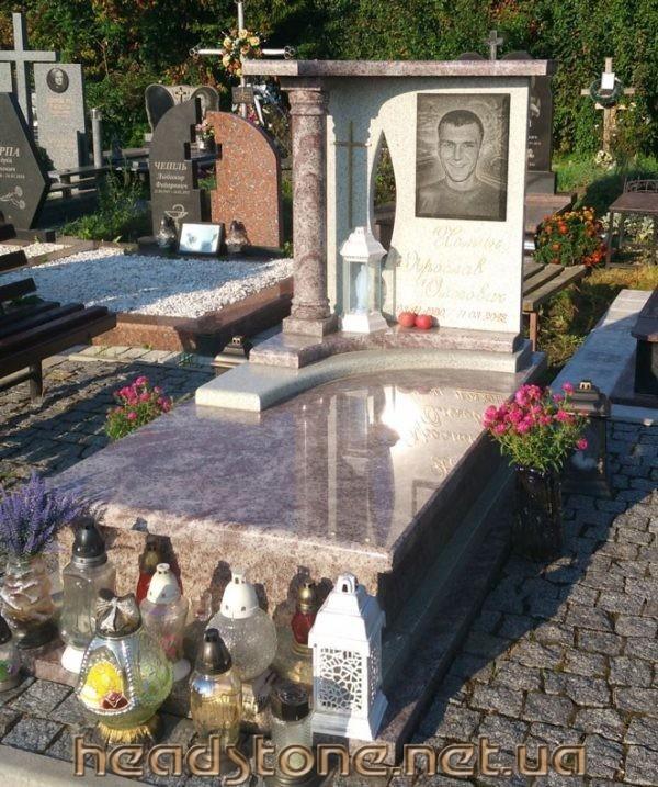 Пам'ятник гранітний виготовлення Елітний подвійний ,3d проект пам'ятника з граніту, Бронзові квіти на пам'ятник надгробний, Скульптури на могилу