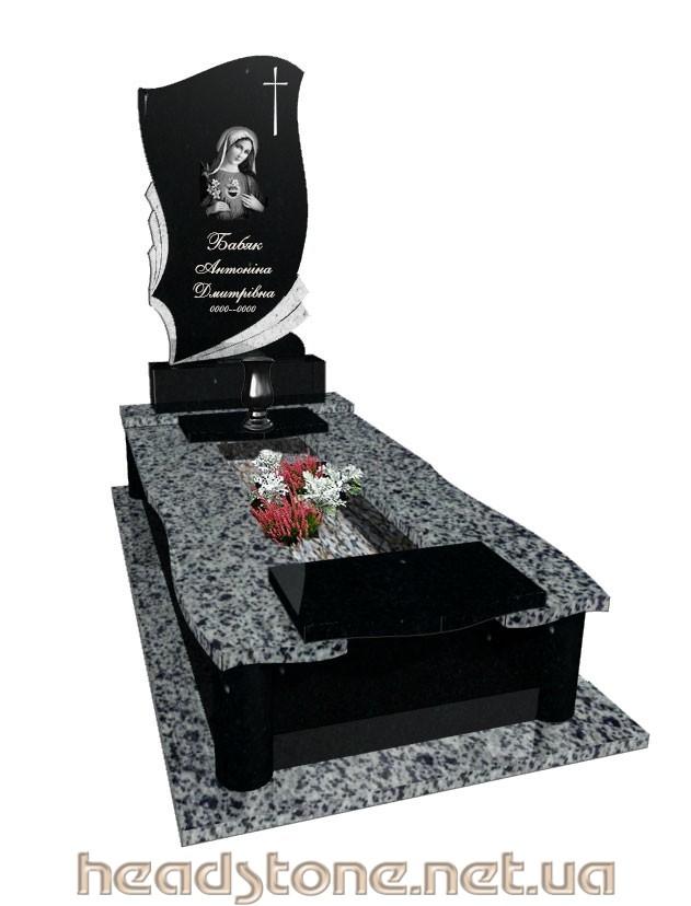 Пам'ятник з граніту виготовлення Львів Елітний для чоловіка,3D проектування памятника надгробного,Бронзові букви на памятник ,Скульптура на памятник гранітний